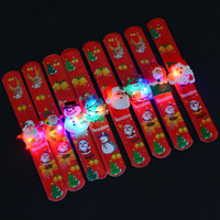 hafif alkış toptan satış-Noel alkış daire Noel Santa Işıklı Dekorasyon Bez Sanat Alkış Çember Çocuk Çocuk Parlatıcı Topu Bilezikler Noel Süslemeleri IB514