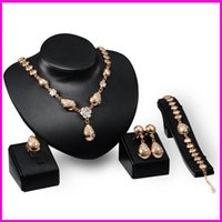 Wholesale Best Sale Europe - 2016 The best sales Fashion necklace earring Bracelet Ring Accessories packages Europe plated 18K jewelry Four set