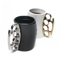 ingrosso tazza in ottone-Design creativo FISTICUP Ottone Knuckle Duster maniglia caffè latte tè tazza di ceramica tazza regalo fresco
