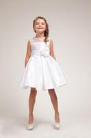 Wholesale Menina Flor - Pretty A-Line Knee Length White Short Flower Girl Dresses Sleeveless Free Shipping vestido da menina flor 2015 Custom Made