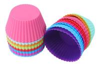 ingrosso involucro di muffin-New Fashion 7cm Muffin in silicone a forma rotonda Custodie per cupcake Liner Muffa per cottura 7 colori scegliere liberamente