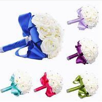 gül çiçek mavi renkler toptan satış-2020 Yeni Gelin Buketi Düğün Dekorasyon Yapay Nedime Çiçek Kristal İpek Gül Kraliyet Mavi Beyaz Yeşil Leylak Fuşya Nane 6 renkler