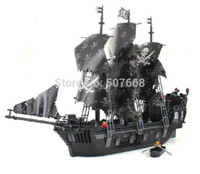 6sets / lot 87010 grandi 1184pcs 3D di mattoni eductional elementare Sets giocattoli Black Pearl Pirati Re chiarisce senza scatola originale