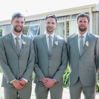 ingrosso vestito grigio del carbone di legna-Smoking aderente su misura Slim Smoking con risvolto Best man Suit Grigio scuro Groomsman Abiti da sposa sposo (Jacket + Pants + Tie + Vest)