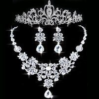 Wholesale Bridal Set Crown Earring - 2015 Rhinestone Tiara Necklace Earring Set Bridal Wedding Accessories Party Jewelry Wedding Accessories Hgyuhg In Stock high quality