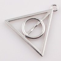 Wholesale Tibetan Silver Plated Triangle Pendant Charms for Jewelry Making Triangle Pendant DIY Handmade C115
