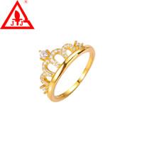 vestidos de compromiso amarillos al por mayor-Anillos de la corona 24 K oro amarillo plateado joyería a estrenar encantos CZ compromiso boda vestida para mujeres y hombres ventas calientes envío gratis