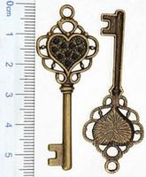 antike herz schlüssel anhänger großhandel-Diy suspension halsketten anhänger armband charme antike bronze tasten big heart love set kristall metall schmuckzubehör anpassen 56mm 100 stück