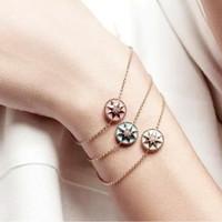 bracelet en diamant achat en gros de-Nouvelle arrivée Design spécial Star forme avec coquille nature et diamant pendentif bracelet pour femmes bracelet en 23 cm femmes bijoux cadeaux PS5275A