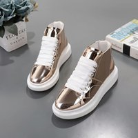 Hot Brand Women Casual Wedges Platform High Top Sneakers Blanco / negro Stone Pattern Dentro de los zapatos superiores Double iron Zipper Lace up