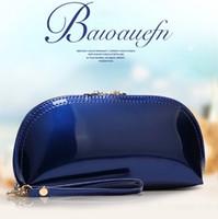 f6ddbc5767 Borse Da Disegno in Pelle Vernice Bianca online - All'ingrosso-ovale design  lucido