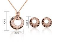 ensembles de bijoux en cristal dames achat en gros de-Nouvelle arrivée luxe vintage diamant rond pendentif collier et boucles d'oreilles ensemble avec Autriche cristal Lady bijoux ensemble