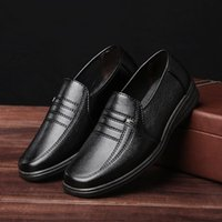 New Spring Mens Dress Italian Leather Shoes Marca de luxo Mens Loafers Genuine Leather Formal Loafers Mocassins Men Shoes EUR 39-44 vanx