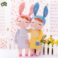 peluş bebek tavşan toptan satış-Kawaii Dolması Peluş Hayvanlar Karikatür Çocuk Oyuncakları Kız Çocuk Bebek Doğum Günü Noel Hediyesi için Angela Tavşan Kız Metoo Doll
