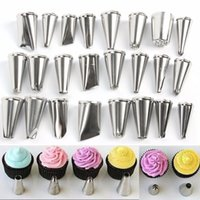 Al por mayor- Decoración de Pasteles Icing Stainless SteelPastry Piping Boquillas Tips Set Decorating Pen 24 piezas Herramientas de la torta (Sin caja)