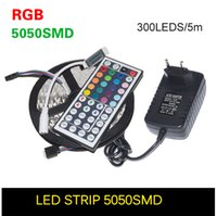 5M RGB Led Strip 5050 SMD 60led / m Flessibile non impermeabile Led Tape + 44key Remote + 12V 2A Power Adapter per la decorazione domestica