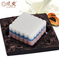 Wholesale Essences For Soaps - New Pawpaw milk essential oil soap skin care Moisturizing Whitening Natural plant extract essence Handmade soap beauty 4pcs lot