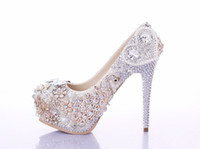 Wholesale Sparkle Diamond Prom Dresses - Sparkling Diamond Wedding Shoes Exquisite Pearl Crystal Bride Wedding Dress Shoes High Heels Lady Party Prom Shoes