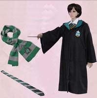bata gryffindor adulto al por mayor-Capa de Harry Potter Cape Magic Toga con bufanda y corbata Gryffindor Traje de Cosplay Capa Adulto Robe Cape 4 estilos Regalo de Halloween