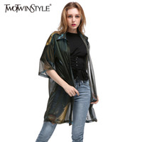 Compra Colorato, Giacca A Vento-TWOTWINSTYLE 2017 Donne Donna Transparent Basic Coat Windbreaker Mezzo Manica Colourful Camicie lunghe Camicetta Cardigan Big Size New