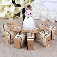 caixas de doces de mala venda por atacado-Ecologicamente favor caixas 10pcs Wedding Chocolate Vintage Mini Suitcase Candy Caixa doces Sacos para favores e presentes do casamento Decoração