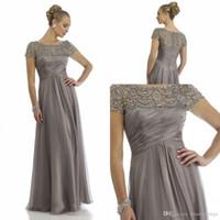 mother of the groom dresses achat en gros de-2019 Vintage Sheer Cristal Mère Robes Mère 2018 Manches Courtes Strass Ruffles Empire Scoop Décolleté Mère De Mariée Robes De Mariée