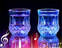 lente copo de vidro venda por atacado-Lente LED caneca de café canecas gaiwan copo de vidro Drinkware Bar de Jantar copos de vinho Partido LED luz acrílico indução de água Abacaxi Copo 50