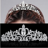 Wholesale wholesale rhinestone pageant crowns - Wholesale Bridal Wedding Crystal Rhinestone Crown Heart Crown Pageant Silver Plated Women Tiaras Hair Comb Headband