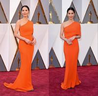une épaule robes sans dossier achat en gros de-Les Oscars 2016 88ème Academy Awards Olivia Munn Une épaule Froncé Dos Une Ligne Tapis Rouge Robes de Célébrité Robes de Soirée