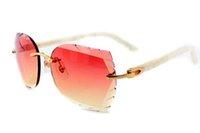 miroirs d'or achat en gros de-Lunettes de soleil directes de haute qualité, 8300817 verres de jambes en miroir avec motif de fleurs, lentilles dorées élégantes, taille de lunettes: 56-18-140