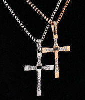 2016 vente chaude Fast and the Furious Celebrity Dominic Toretto 18K plaqué or strass Crystal Jesus Cross Pendentif Colliers
