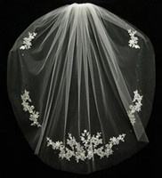 Wholesale Fashion Accessory Applique - Wedding Accessories Velos De Novia Fingertips Lace Beads Bridal Accessories 2018 Short Bridal Veil Fashion White Ivory Cheap Wedding Veil