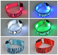 bracelete de escalada venda por atacado-Pulseira braçadeira LED correndo luz pulseira de pulso LED luminoso braço de escalada pulseira pulseira de flash anel Epacket frete grátis