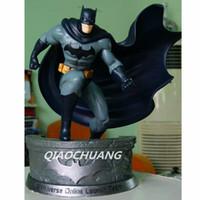 Wholesale Batman Bruce Wayne - Statue Avengers Batman 1:5 Bust Superhero Bruce Wayne Full-Length Portrait Resin The Platform Includes Collectible Model Toy