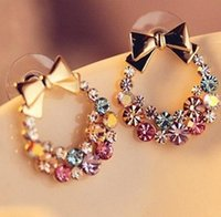 Nouvelle mode Femmes Lady Elegant Pendentif Crystal Ear Stud Earrings Retro élégant Flower Bowknot Earrings Free Shopping