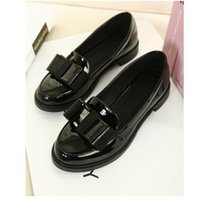 Wholesale Korean Party Wedges Heels - Wholesale-Spring 2015 New Korean Princess Bow Patent Leather Heels Horseshoe Round Both Black And White Made In China Stock Leather L73