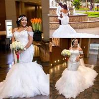 trem catedral ombro off vestido de noiva venda por atacado-Sexy Africano Plus Size Sereia Vestidos de Casamento 2017 Fora do Ombro Sparkly Cristal Catedral Trem Árabe Dubai Nupcial Vestidos De Casamento