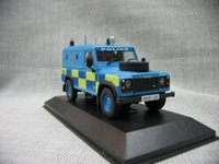 Wholesale Police 43 - Wholesale-Ixo original 1:43 Defender UK police car alloy model cars collection