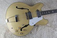 335 guitarra de bordo venda por atacado-EPI John Lennon Revolução Casino Maple Natural Top 335 Corpo Semi Semi Jazz Jazz Guitarra Coréia Metal Tailpiece Dog Ear P 90 Pickups