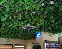 ingrosso piante artificiali da giardino pendenti-15% di sconto Outlet di vendita 96 Pz 240 cm Uva artificiale Foglie di edera Appeso a parete Piante verdi Vite Fogliame Giardino di casa decorativo, decorazioni di natale