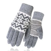ingrosso indossare guanti di lana spessa-King Star Men Winter Warm Guanti a maglia Snowflake Mittens Windproof Fleece Lined Wool Guanti spessi per gli sport all'aria aperta Driving Hiking