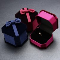Wholesale Large Jewelry Box Wholesalers - Factory Bow Velvet Jewelry Gift Box Rings Jewelry Packing Box can accept large quantity customized design