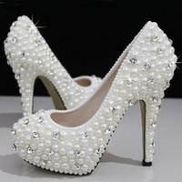 sapatos de baile tamanho 12 mulheres venda por atacado-Moda Luxuoso Pérolas Cristais Sapatos de Casamento Branco Tamanho 12 cm de Salto Alto Sapatos De Noiva Partido Prom Mulheres Sapatos Frete Grátis