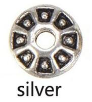 círculos de ouro planos venda por atacado-Espaçadores de metal de prata do vintage diy rodada círculo flat antigo pulseiras de ouro vendas por atacado pulseiras novos presentes da moda presentes da jóia 8 * 3mm 500 pcs