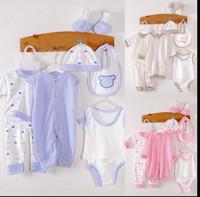 newborn unisex gift set großhandel-8 teile / satz Baby Kleidung Sets Mädchen säuglings Geschenk Hut Bib Top Hose Weste Insgesamt Lätzchen Unterwäsche Neugeborenen Kleidung Set KKA3561