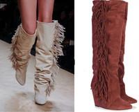 botas franja de borlas venda por atacado-Tassel Fringe Camurça Botas De Couro Sobre A Coxa Botas De Joelho Elevado Em Cunha Mulheres Botas Outono / Inverno Sapatos Mulher