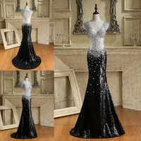 Barato Imagens De Colorful Black-Deep V Neck Black Mermaid Prom Vestidos com colorido Beaded Sexy Back Sweep Train Actral Picture Bling Enfeitado Party Evening Gowns