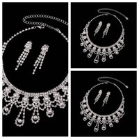 Elegante Evening Prom Party Jewely rodada Pérolas Cristal Bead Bridal jóias Rhinestone Colar Brinco Conjuntos Bride's Wedding Decoração Cheap