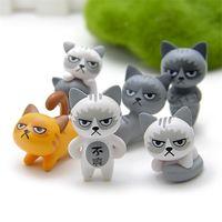 decoración del hogar zakka al por mayor-24 unids / set Kawaii Zakka Cartoon Infeliz Cat Doll Diy Figura Anime Figura de Dibujos Animados Jardín de Hadas Miniatura Decoración Del Hogar Juguetes Para Niños