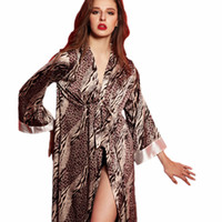 senhoras sexy lingerie cetim venda por atacado-Atacado-Nova moda sexy longo roupão mulheres sleepwear robe de leopardo lingerie para pijama de seda pijamas de seda senhoras cetim